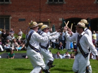 heart-of-oak-morris-men