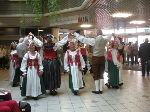 Visby dancing in Strand Centre 2013
