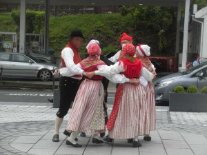 Sunnerbogillet dancing in Laxey